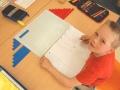 Mathematikaufgaben am Tisch