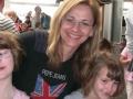 Frau Sycova mit unseren Mädchen